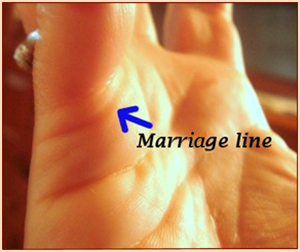 Palm reading marriage line: love- & relationship lines!
